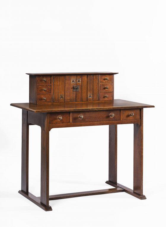 Harvey Ellis Desk 1903